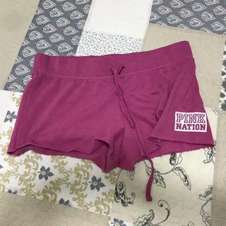 ヴィクトリアズシークレット(Victoria's Secret)のPINK ショートパンツ(ルームウェア)