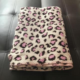シマムラ(しまむら)の大判ヒョウ柄毛布(毛布)