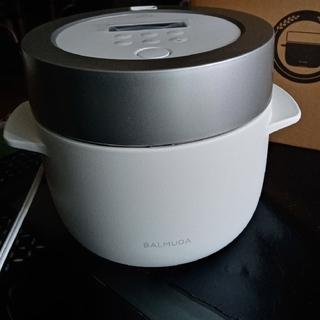 バルミューダ(BALMUDA)のBALMUDA バルミューダ 3合炊き 電気炊飯器(炊飯器)