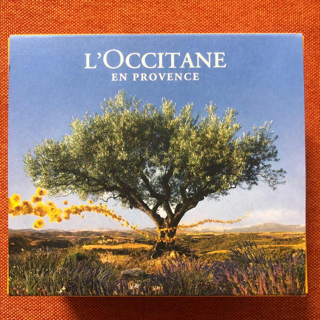 L'OCCITANE(ロクシタン)のロクシタン プレゼント用空箱 インテリア/住まい/日用品のオフィス用品(ラッピング/包装)の商品写真