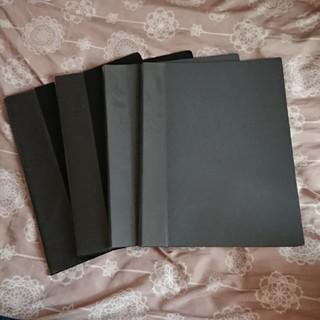 20ポケットファイル2冊と14ポケットファイル二冊(クリアファイル)