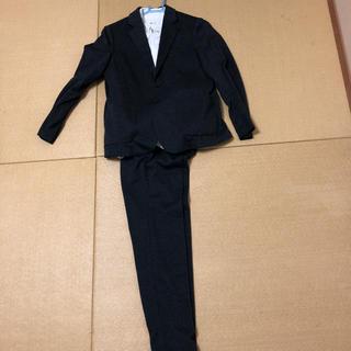 ユニクロ(UNIQLO)のUNIQLOスーツ(ドレス/フォーマル)