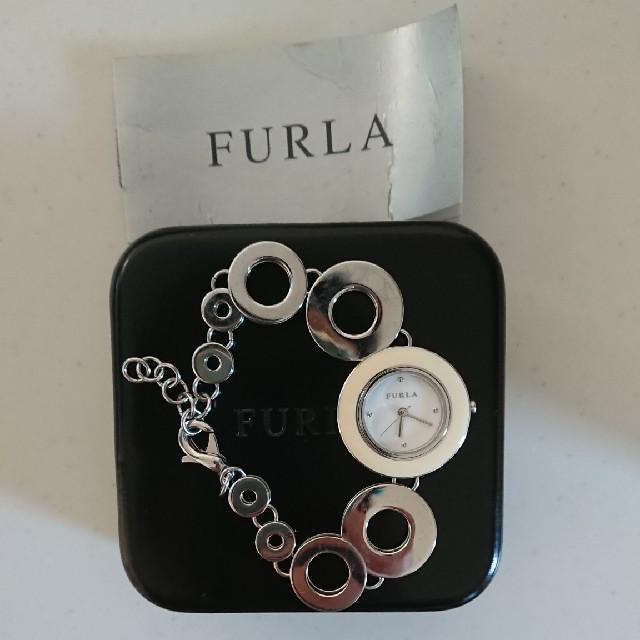 Furla(フルラ)のFURLA ブレスレット型腕時計 白 レディースのファッション小物(腕時計)の商品写真