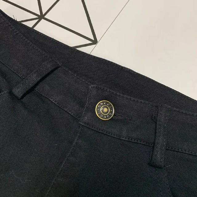 Gucci(グッチ)のGUCCIデニムジーンズパンツ美品大人気綺麗 レディースのパンツ(デニム/ジーンズ)の商品写真