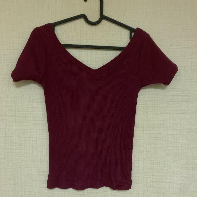 SLY(スライ)のvネック レディースのトップス(Tシャツ(半袖/袖なし))の商品写真