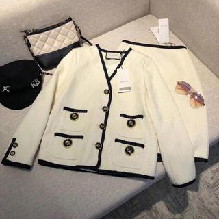 Gucci - Gucci・19aw新品、洋服コート、スカート、セットアップ