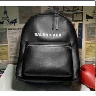 バレンシアガリュックバッグパック