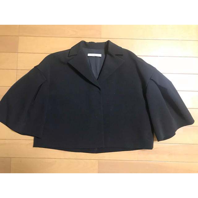 FOXEY(フォクシー)の超美品、フォクシー、ブラックジャケット!お受験に? レディースのジャケット/アウター(テーラードジャケット)の商品写真