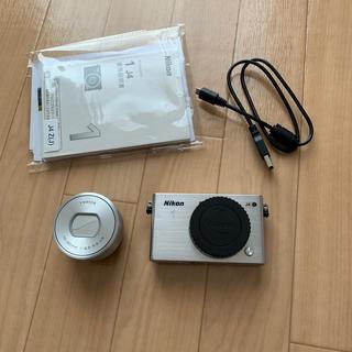 ニコン(Nikon)のNikon 1 J4(ミラーレス一眼)