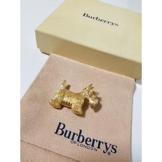 バーバリー(BURBERRY)のBurberry's(バーバリーズ) ヨークシャーテリア ブローチ (ブローチ/コサージュ)