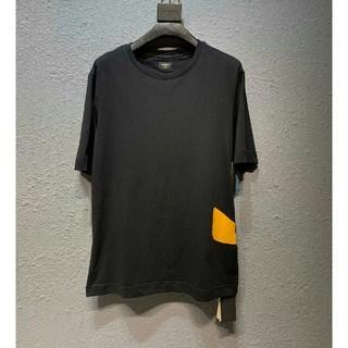 FENDI - フェンディ Tシャツ 半袖 シンプル カッコイイ FENDI