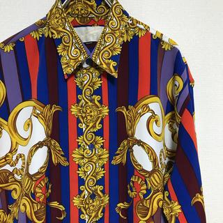 VERSACE - 最終値下げ 90s ヴェルサーチデザイン ヴィンテージシャツ 赤青 総柄