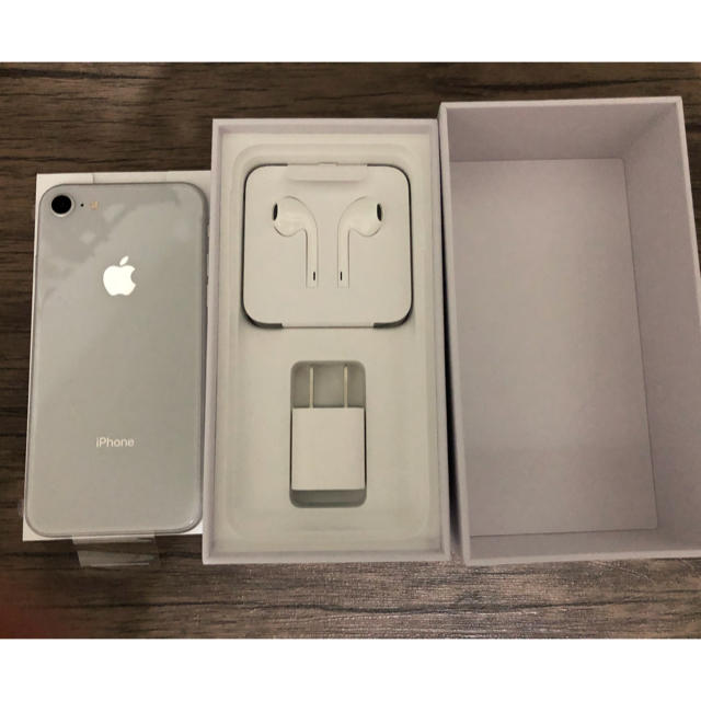 iPhone(アイフォーン)のvictory様専用 スマホ/家電/カメラのスマートフォン/携帯電話(スマートフォン本体)の商品写真