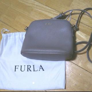Furla - フルラ ショルダーバッグ ポシェット グレージュ サッビア