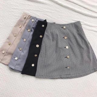 秋物♡いろいろボタンスカート