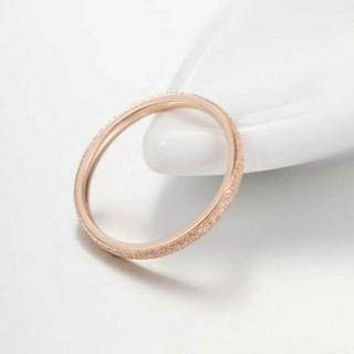 14号*大人気*ラメ仕様*2㎜幅*ステンレスリング*ステンレス指輪*ゴールド(リング(指輪))