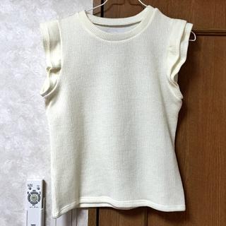 ミスティウーマン(mysty woman)のフリルニット(Tシャツ(半袖/袖なし))