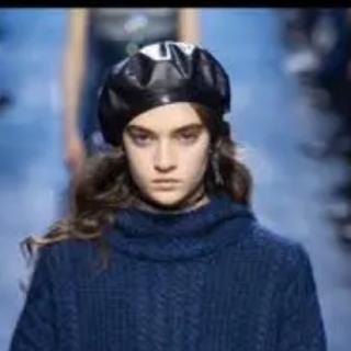 クリスチャンディオール(Christian Dior)のDior fall2017 レザー ベレー帽(ハンチング/ベレー帽)