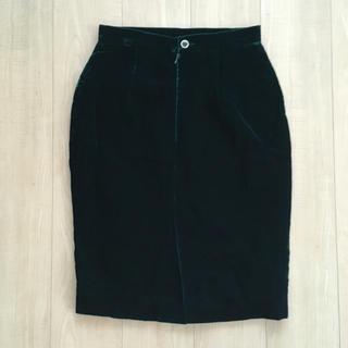 フェンディ(FENDI)のフェンディ ベルベットスカート 深緑(ひざ丈スカート)