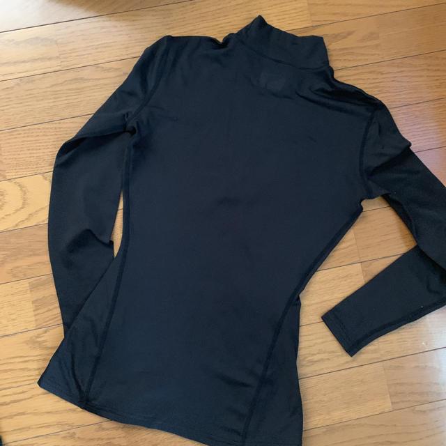 UNDER ARMOUR(アンダーアーマー)のアンダーアーマー  アンダーウェア レディース レディースのトップス(Tシャツ(長袖/七分))の商品写真