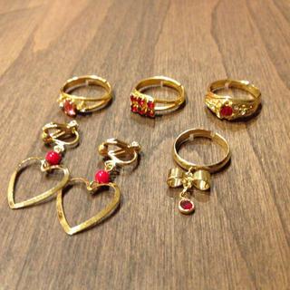赤系×ゴールドのアクセサリー(リング(指輪))