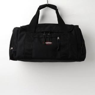 イーストパック(EASTPAK)のイーストパック  ブラック ボストンバッグ トラベル 33L(ボストンバッグ)