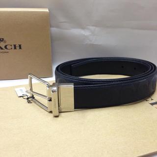 コーチ(COACH)の【新品・未使用】コーチ メンズ F55158 シグネチャー リバーシブル ベルト(ベルト)