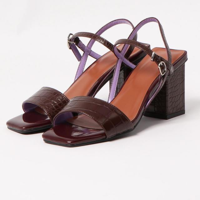 SLY(スライ)のsly エナメルクロコサンダル ブラウン S レディースの靴/シューズ(サンダル)の商品写真