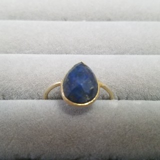 アガット(agete)のラピスラズリのミニドロップリング(リング(指輪))