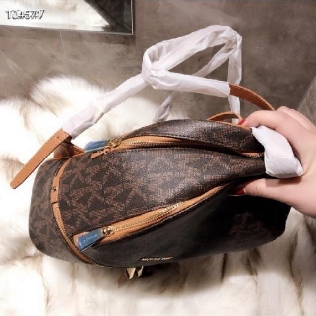 Michael Kors(マイケルコース)のmichael korsバッグパック レディースのバッグ(リュック/バックパック)の商品写真