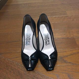 Salvatore Ferragamo - Ferragamo フェラガモ パンプス リボン 靴