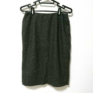 ヨンドシー(4℃)の4℃ ウールカシミヤ混 グレータイトスカート Mサイズ 秋冬(ひざ丈スカート)