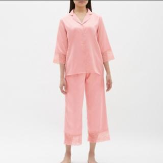 ジーユー(GU)のGUサテン レース パジャマ(パジャマ)
