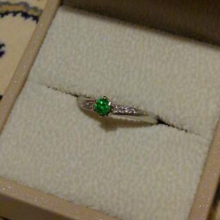 ロシア産デマントイドガーネットのリング 0.16ct pt900 ダイヤ(リング(指輪))