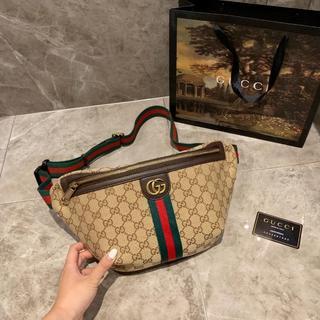 Gucci - ウエストポーチ