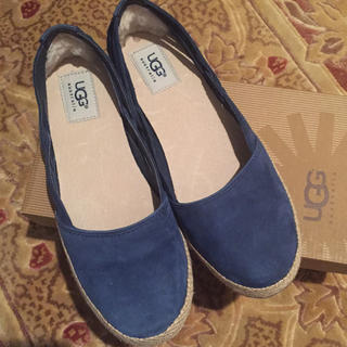 アグ(UGG)のおしゃれ♥️アグ  フラットシューズ サイズ24(ローファー/革靴)