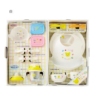ミキハウス(mikihouse)の【新品未使用】箱入り 豪華なテーブルウェアセット(離乳食 食器セット)(離乳食器セット)