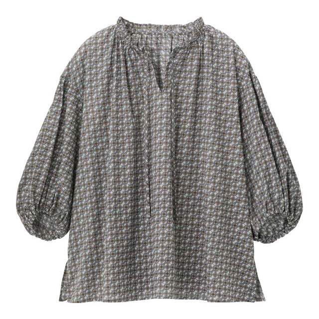 GU(ジーユー)のGU シフォンブラウス レディースのトップス(シャツ/ブラウス(半袖/袖なし))の商品写真