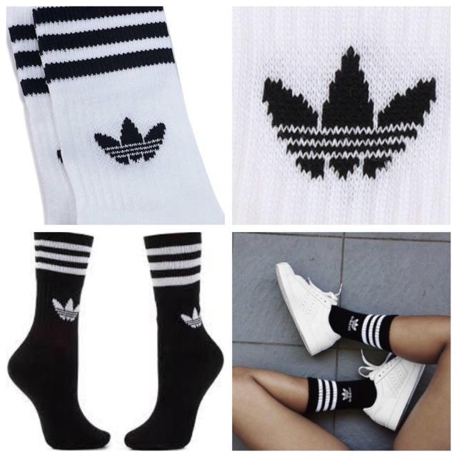 adidas(アディダス)の【22〜24㎝】靴下  白・黒  2足 レディースのレッグウェア(ソックス)の商品写真