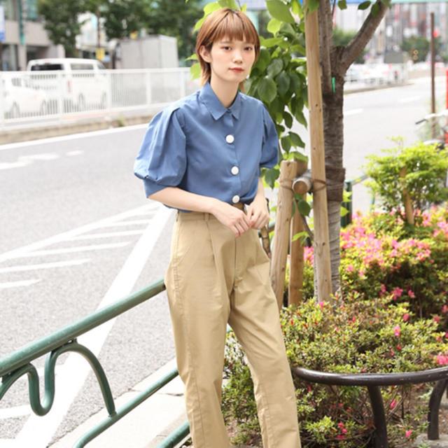 Kastane(カスタネ)のkutir/ブラウス/青 レディースのトップス(シャツ/ブラウス(半袖/袖なし))の商品写真