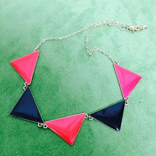 ジーユー(GU)のネックレス ピンク×ブラック(ネックレス)