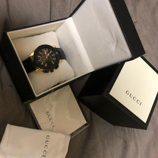 Gucci - GUCCI クロノグラフ メンズ 腕時計