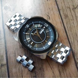 DIESEL - コマ付き! ディーゼル腕時計 カレンダー 新電池