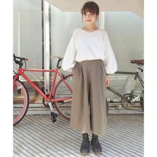 カスタネ(Kastane)の新品 人気完売 今季トレンド 履きやすさ◎ リップルガウチョパンツ (404(カジュアルパンツ)