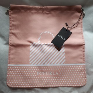 フルラ(Furla)のFURLA 巾着 防水加工 ピンク 新品(ポーチ)