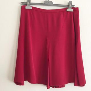 ドゥロワー(Drawer)のdrawer ドゥロワーのシルクスカート レッド赤 サイズ38(ひざ丈スカート)