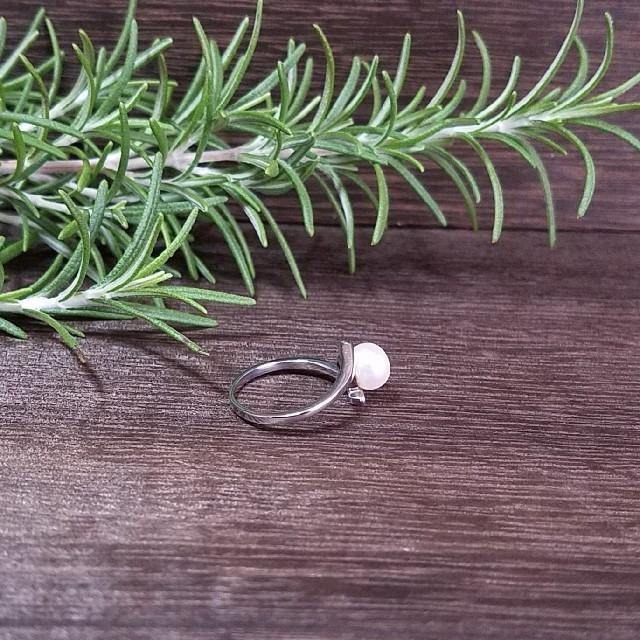 新品 20号ステンレスパールリング Pearl 22213-F04 レディースのアクセサリー(リング(指輪))の商品写真