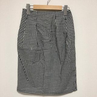 ケービーエフ(KBF)のKBF スカート(ひざ丈スカート)