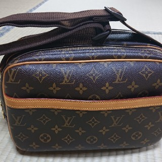 LOUIS VUITTON - LOUIS VUITTON ショルダーバッグ