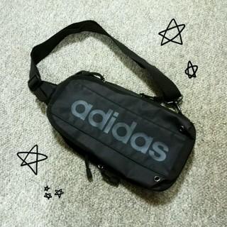アディダス(adidas)のボディーバッグ BLACK(ボディバッグ/ウエストポーチ)